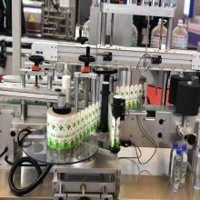 Double Side Adhesive Labeling Machine For Glass Bottle